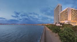 The Queen's Necklace - Marine Drive in Mumbai, India
