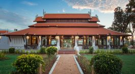 Restaurantaußenansicht im Sriwilai Sukhotai Resort & Spa in Sukhothai, Thailand