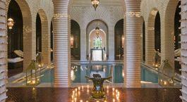 Poolanlage im Selman Marrakech Hotel in Marrakesch, Marokko