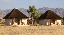 Außenansicht des Sossusvlei Desert Lodge Hotel in Sossusvlei, Namibia