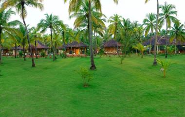 Enchanting Travels - South India Tours-Nattika Beach Resort - Exterior