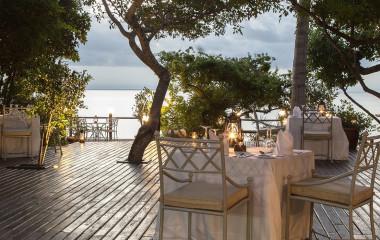 Outdoor dining at Anantara Bazaruto Resort & Spa in Bazaruto - Vilanculos, Mozambique