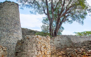 Hauptturm der Ruinen von Great Zimbabwe