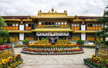 Enchanting Travels Tibet Tours Lhasa Norbulingka Palace