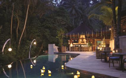 Pool im Four Seasons Resort Bali at Sayan Hotel in Ubud, Indonesien