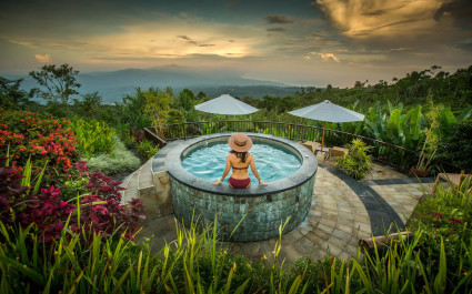 Pool at Munduk Moding Coffee Plantation Nature Resorts