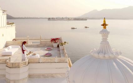 Balkonaussicht im Hotel Taj Lake Palace, Udaipur