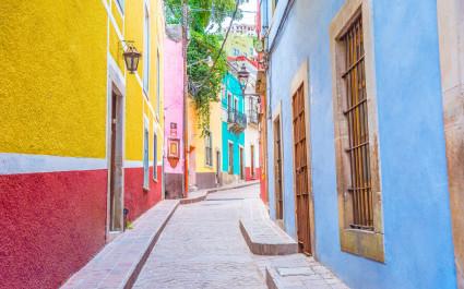 Die farbenfrohen Gassen von Guanajuato, Mexiko