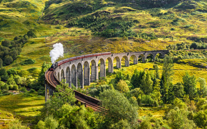 Glenfinnan Railway Viaduct in Scotland Self-drive
