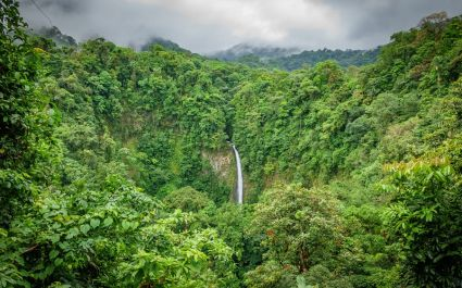 La Fortuna Waterfalls in Arenal National Park