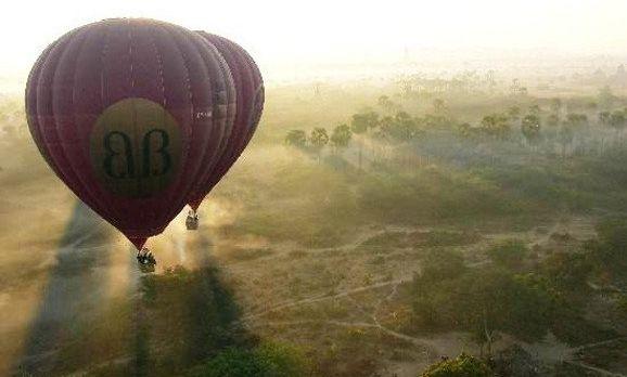Ballonfahrt in Myanmar