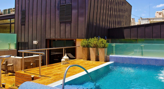 Enchanting Travels South America Tours - Buenos Aires - Hotel Algodon Mansion - Pool
