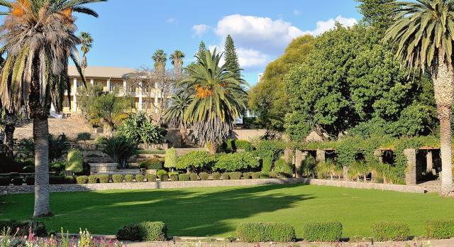 Namibia Reisen: Parlament in Windhoek