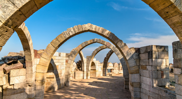 Enchanting Travels India Tours Saat Kaman, Seven Arches at Pavagadh Hill in Gujarat State of India