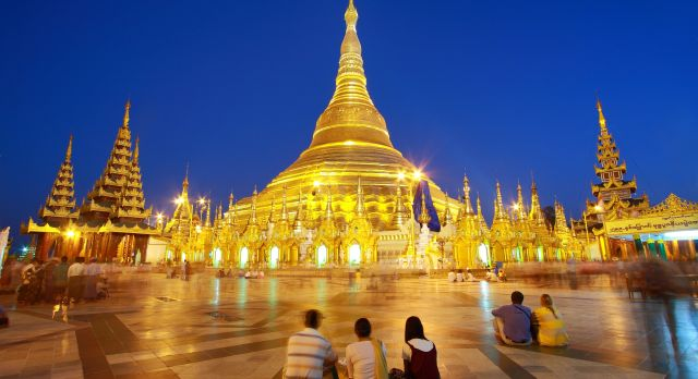 atmosphere of dusk at Shwedagon pagoda in Yangon, Myanmar, shutterstock_79253809