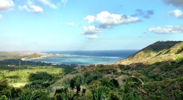 Auf Lombok erwarten Sie sattgrüne Landschaften und zauberhafte Ausblicke