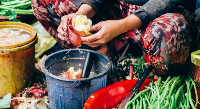 Südostasiatisches Street Food: Typisch vietnamesischer Markt