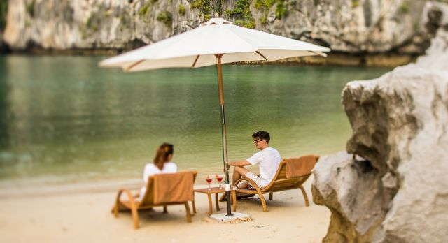 Enchanting Travels Vietnam Tours Halong Bay Bhaya Cruise Visit To Beach - 2 - Ideal for winter travel