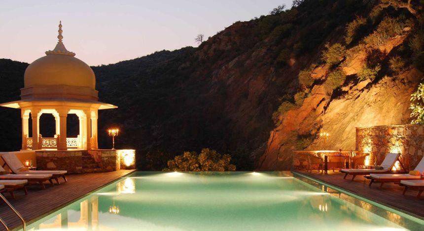 Enchanting Travels - Indien Reisen- Samode Village-Samode Palace -Pool