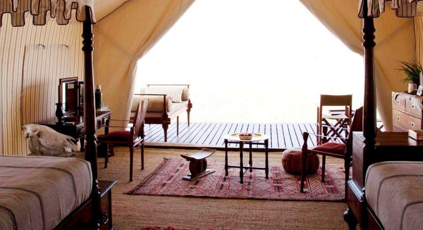 Zimmeraussicht im San Camp Hotel in Kalahari Salzpfannen, Botswana