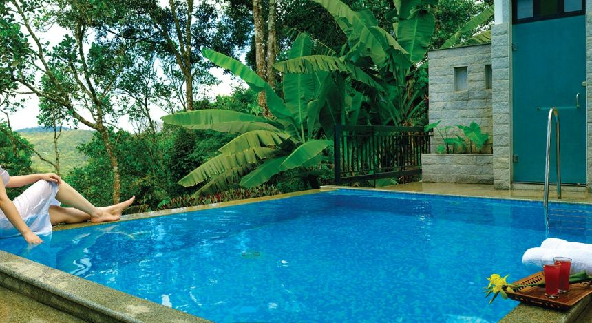 Enchanting Travels - South India Tours - Tekkady - Aanavilasam Luxury Plantation - Pool