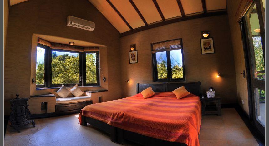 Safari in India: Kings Lodge Bandgavgarh room