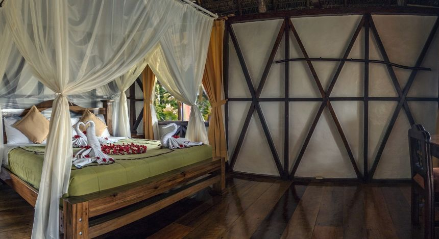 Enchanting Travels - Ecuador Reisen - Yasuni - Napo Wildlife Center -  Schlafzimmer