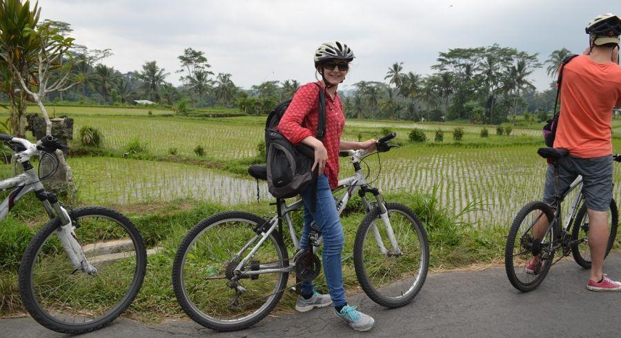 Reise-Experten Kathrin - als Frau alleine in Indonesien unterwegs