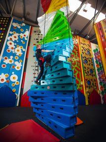 Twister_Wall.jpg