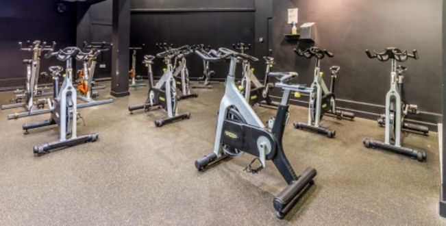 Gurnell_Leisure_Centre_-_27_01_2016_group_cycle.jpg