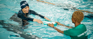 Right hand nav better swimming teacher
