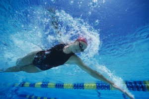 Swim woman front crawl