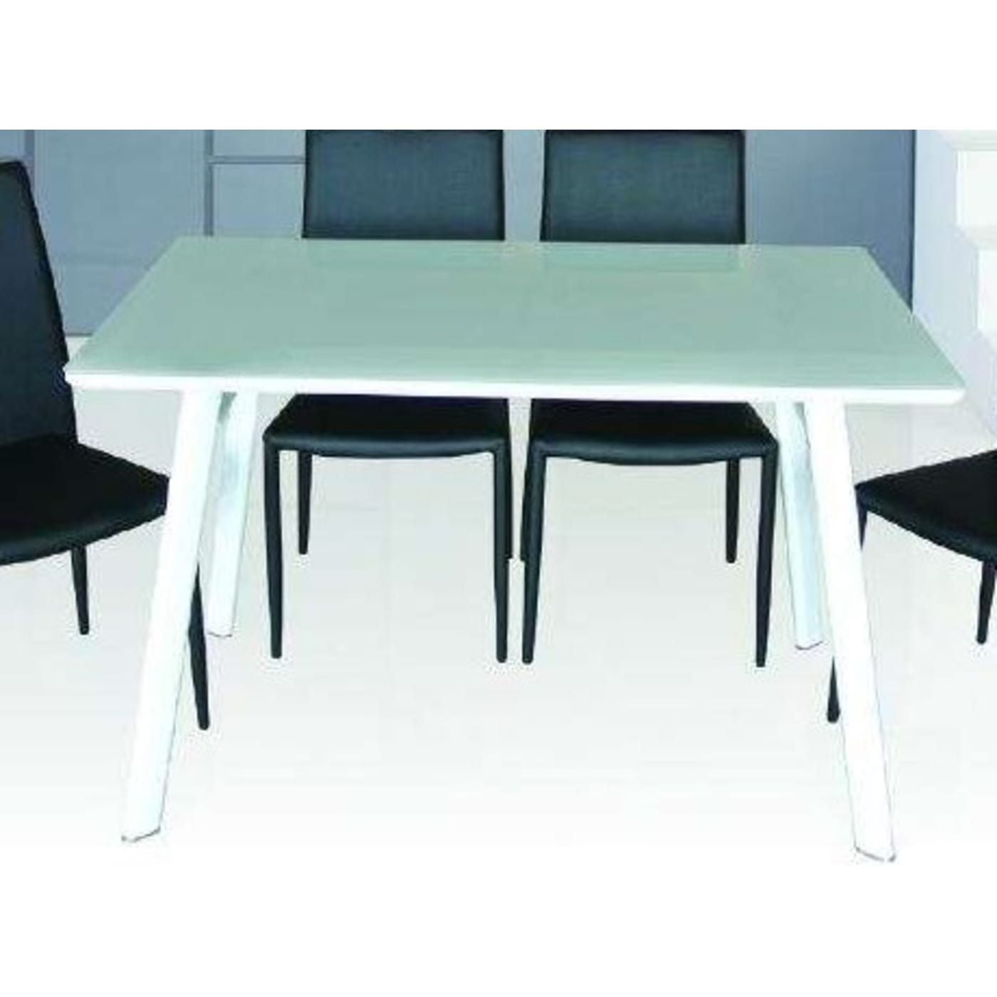 J&M White High Gloss Dining Table & Reviews - Goedekers.com