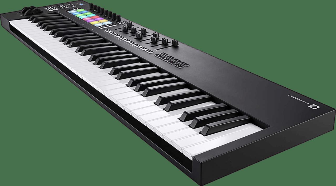 Black Novation Launchkey 61 MK3 USB MIDI keyboard.4