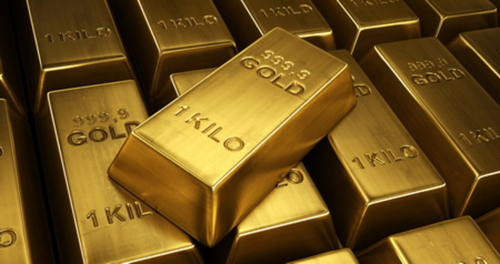 Should I move my portfolio into gold and oil?
