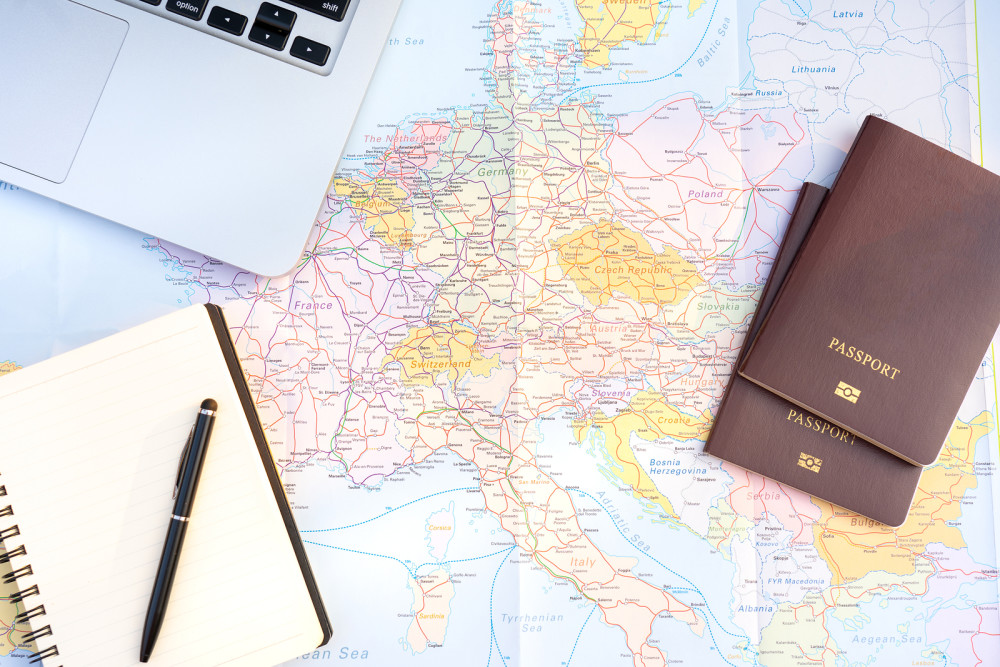 Starting your expat life: an essential basic toolkit for averting financial risk