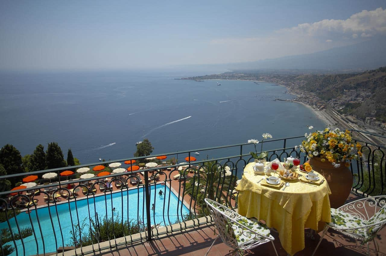 Hotel villa diodoro taormina holidays sicily for Hotel villa taormina