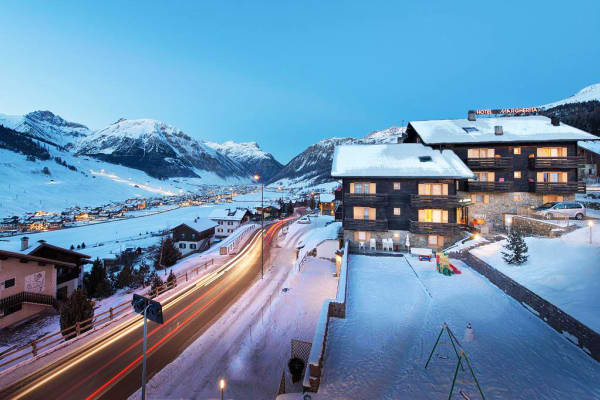 Hotel Margherita,Copper Face Jacks Ski Trip