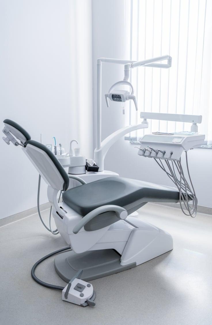 fauteuil dentaire vide