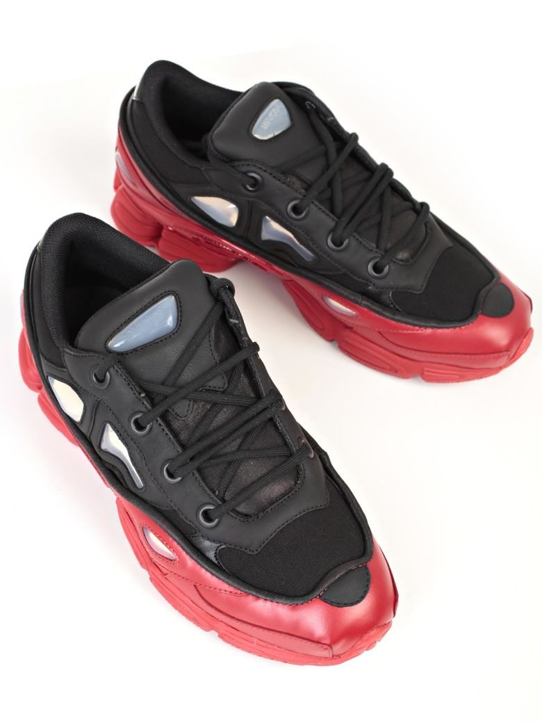 ADIDAS BY RAF SIMONS Ozweego 3 Sneakers in Nero