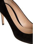 Gianvito Rossi Pointy Pumps