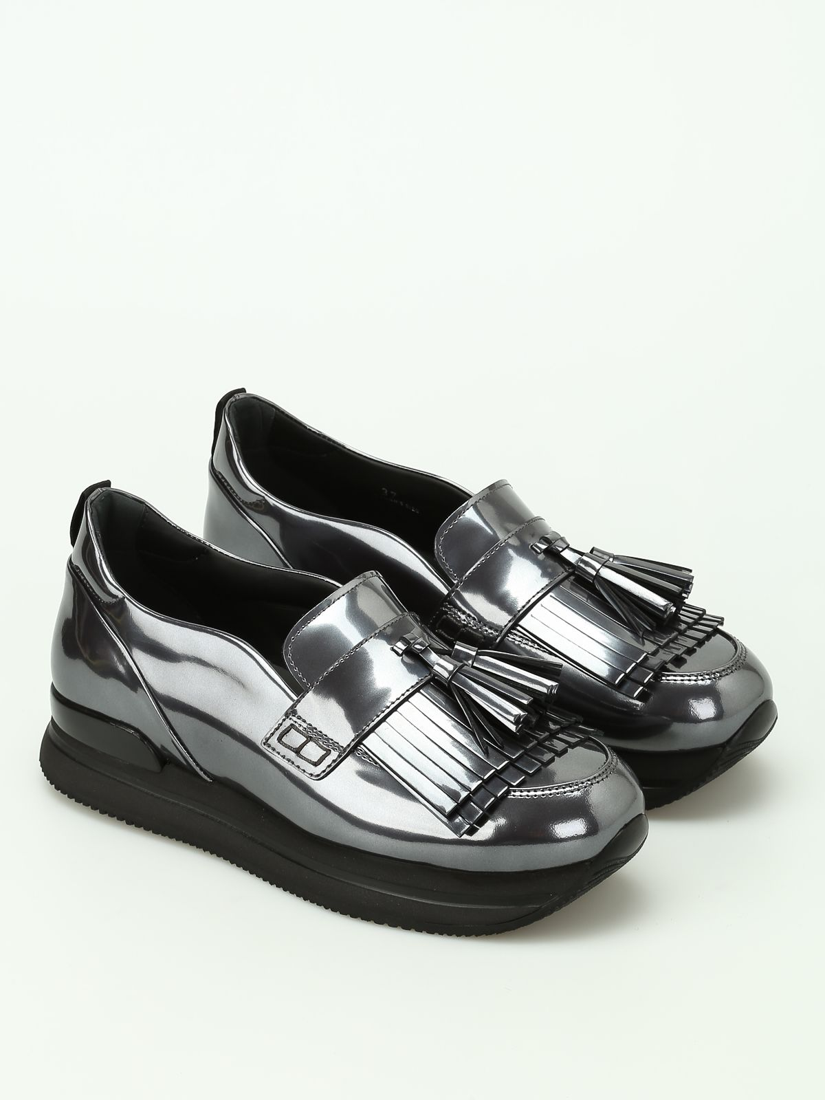 H222 Metallic Fringed Loafers