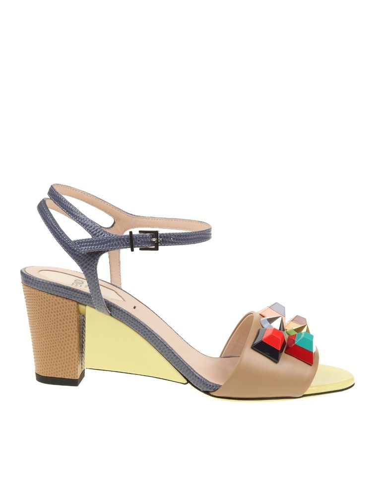 Fendi Sandals Studded Calf In Beige Leather