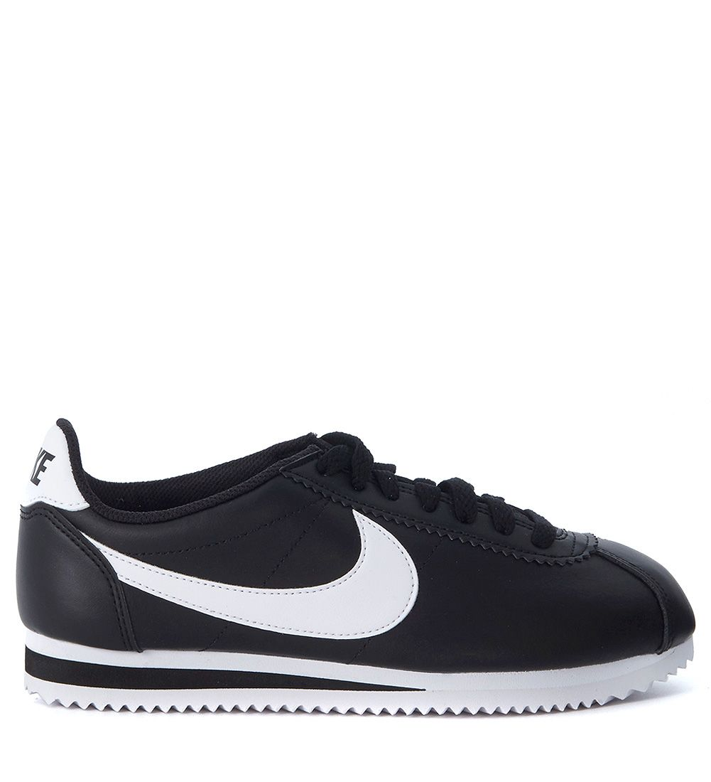 CLASSIC CORTEZ BLACK AND WHITE LEATHER SNEAKER