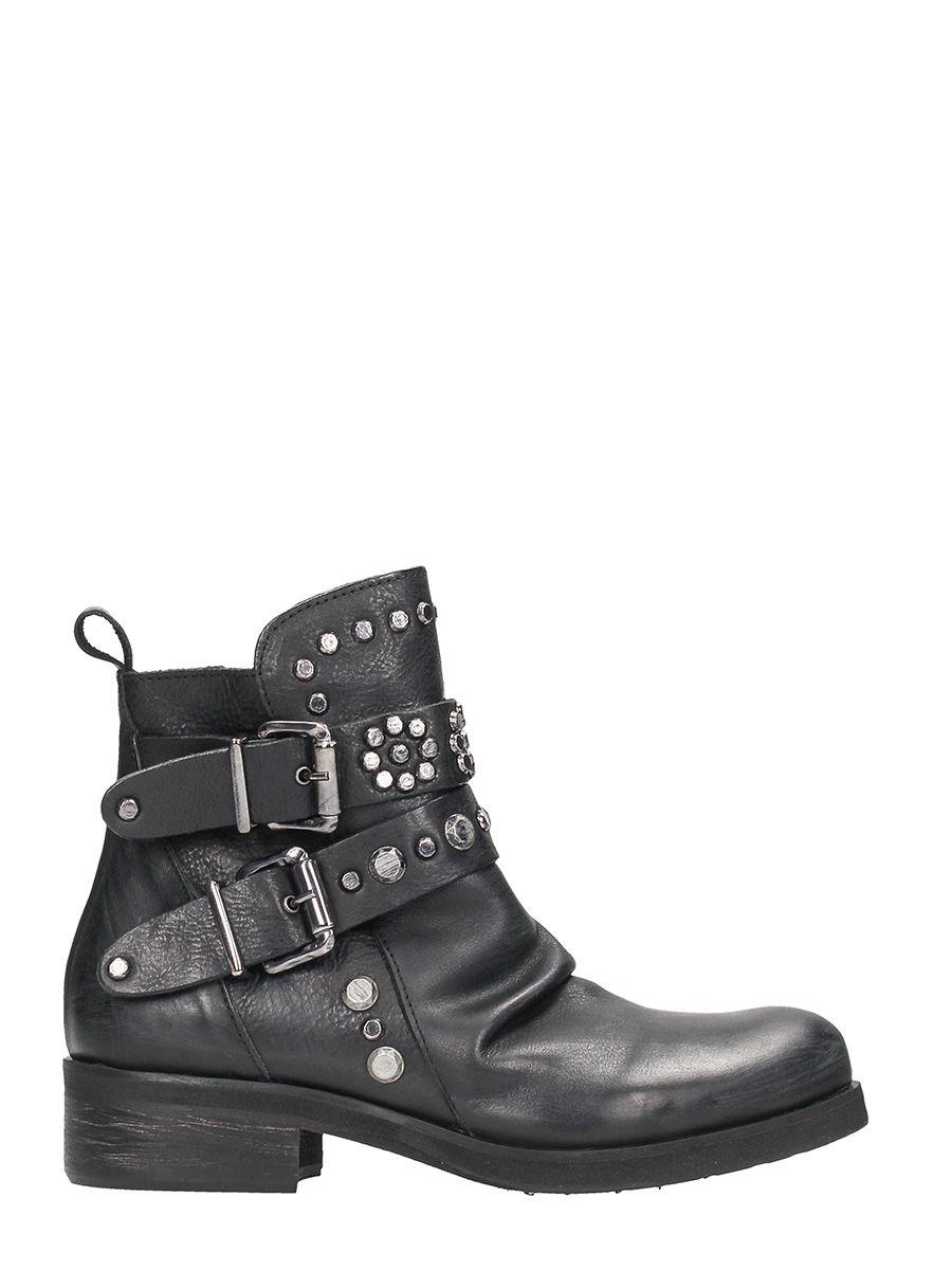 Julie Dee Studded Black Leather Boots