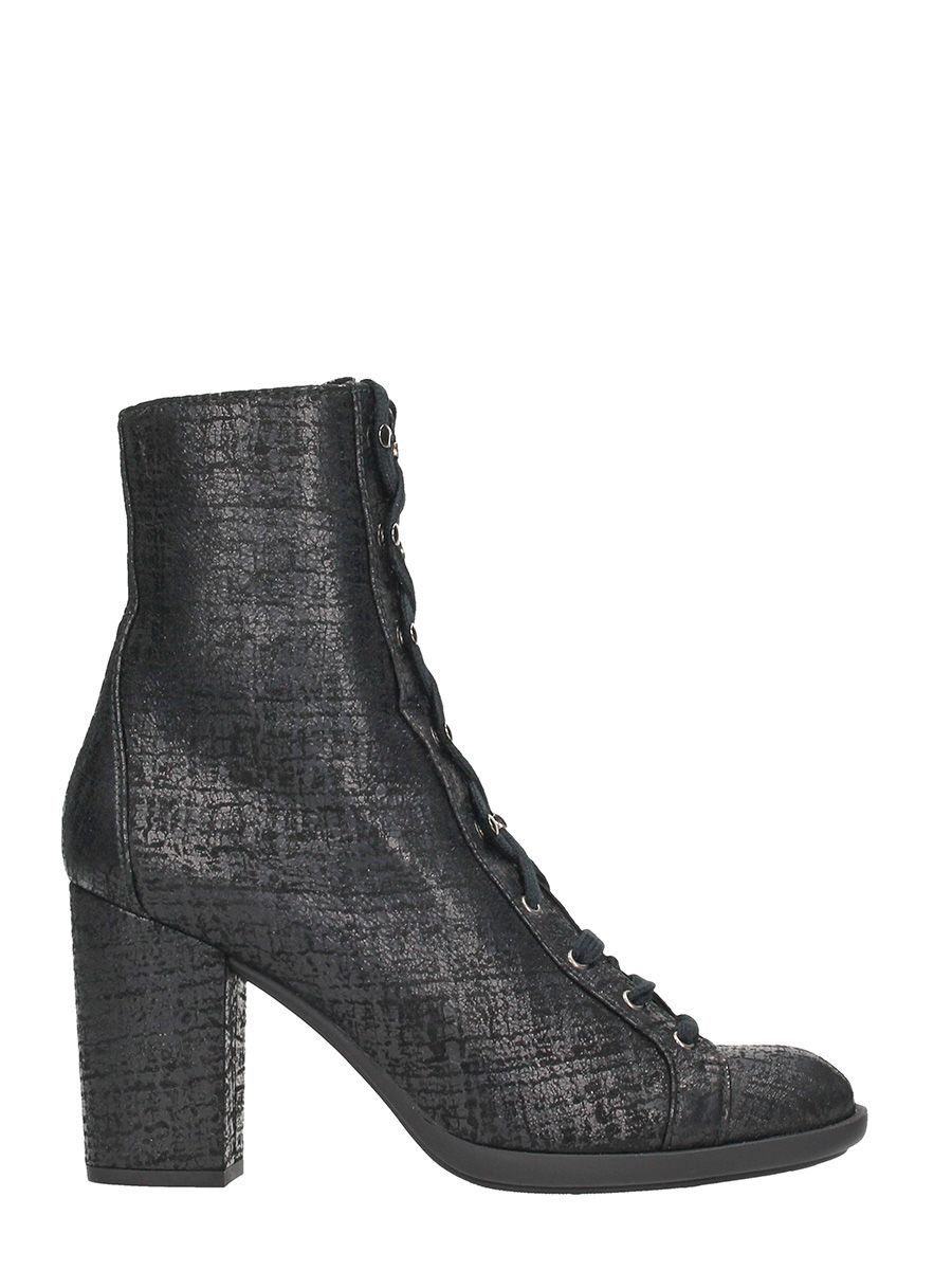 Chie Mihara Maida Black Leather Ankle Boots