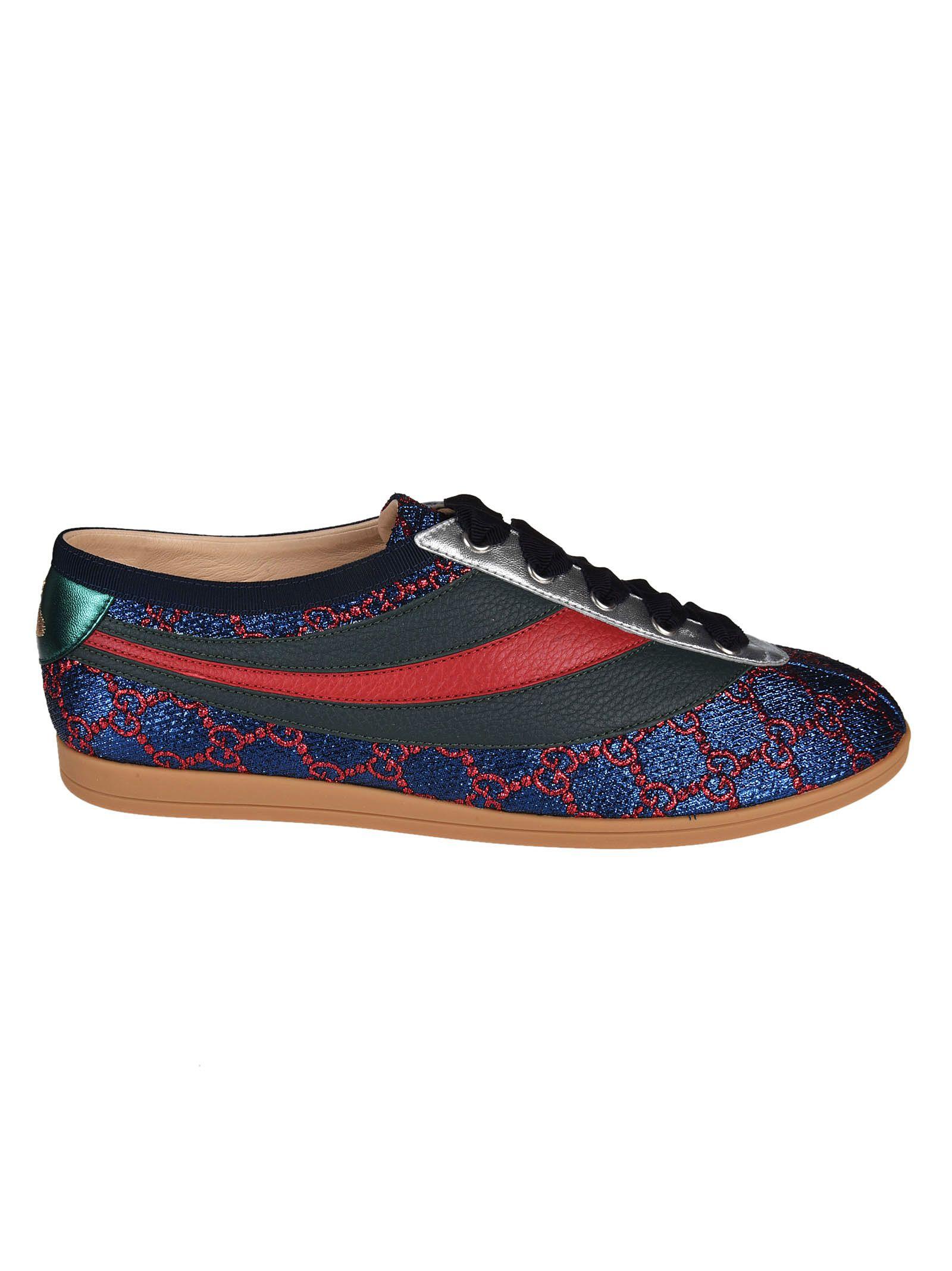 Sets Of Laces Shoes