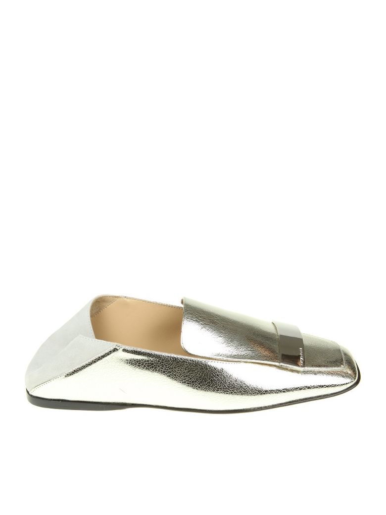 LOAFERS IN SILVER LEATHER WITH METAL PLATE