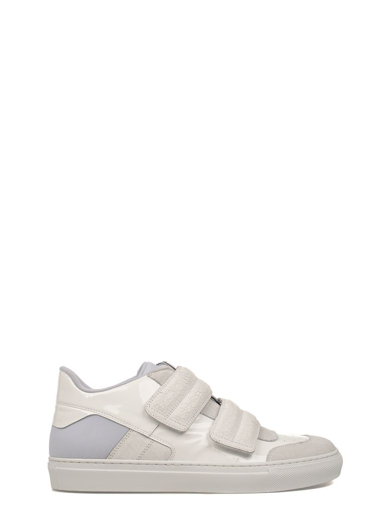 WHITE PATENT LEATHER SNEAKERS
