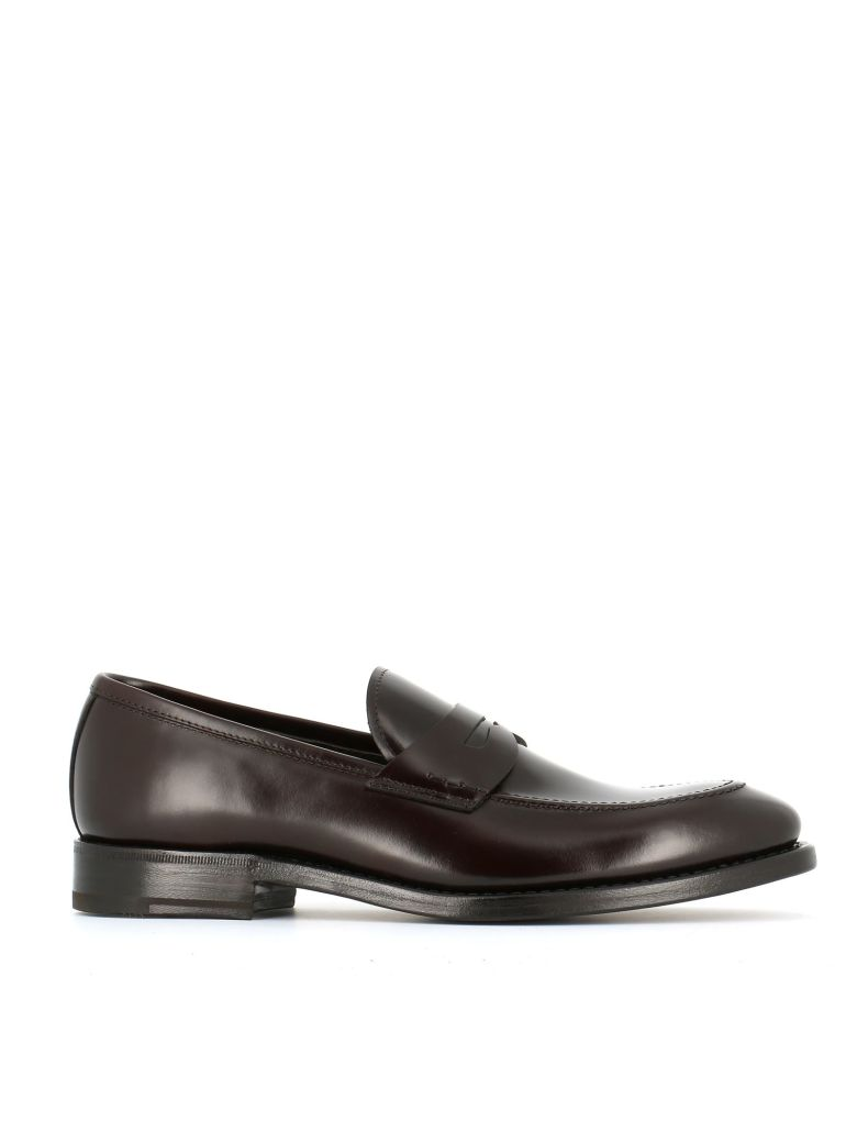 HENDERSON Classic Penny Loafers in Brown